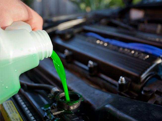 Revisar líquidos del coche